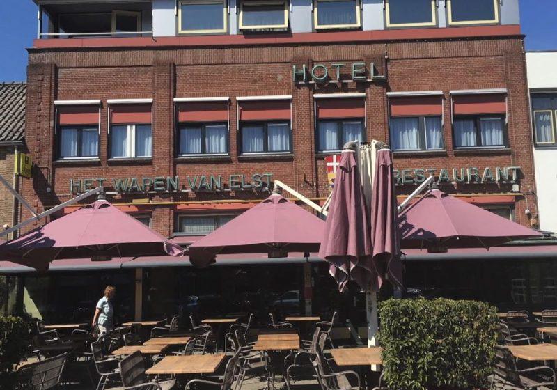 Renovatie 8 kamers in Hotel - Restaurant in Elst